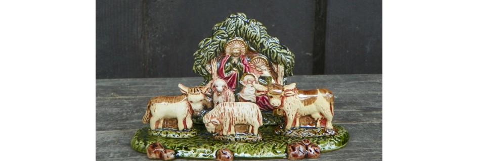 Vánoční adventní věnce, betlémy,svíčky.